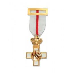 Cruz del Mérito Militar con distintivo blanco